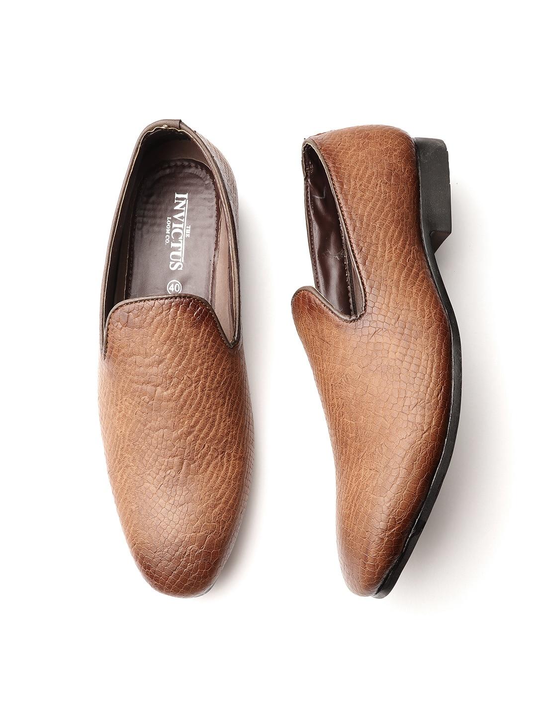 f735ad844 Footwear - Buy Footwear online in India