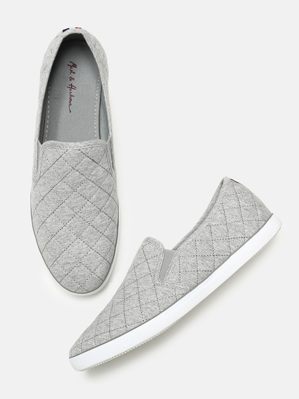 22b32fddb9f96 Casual Shoes