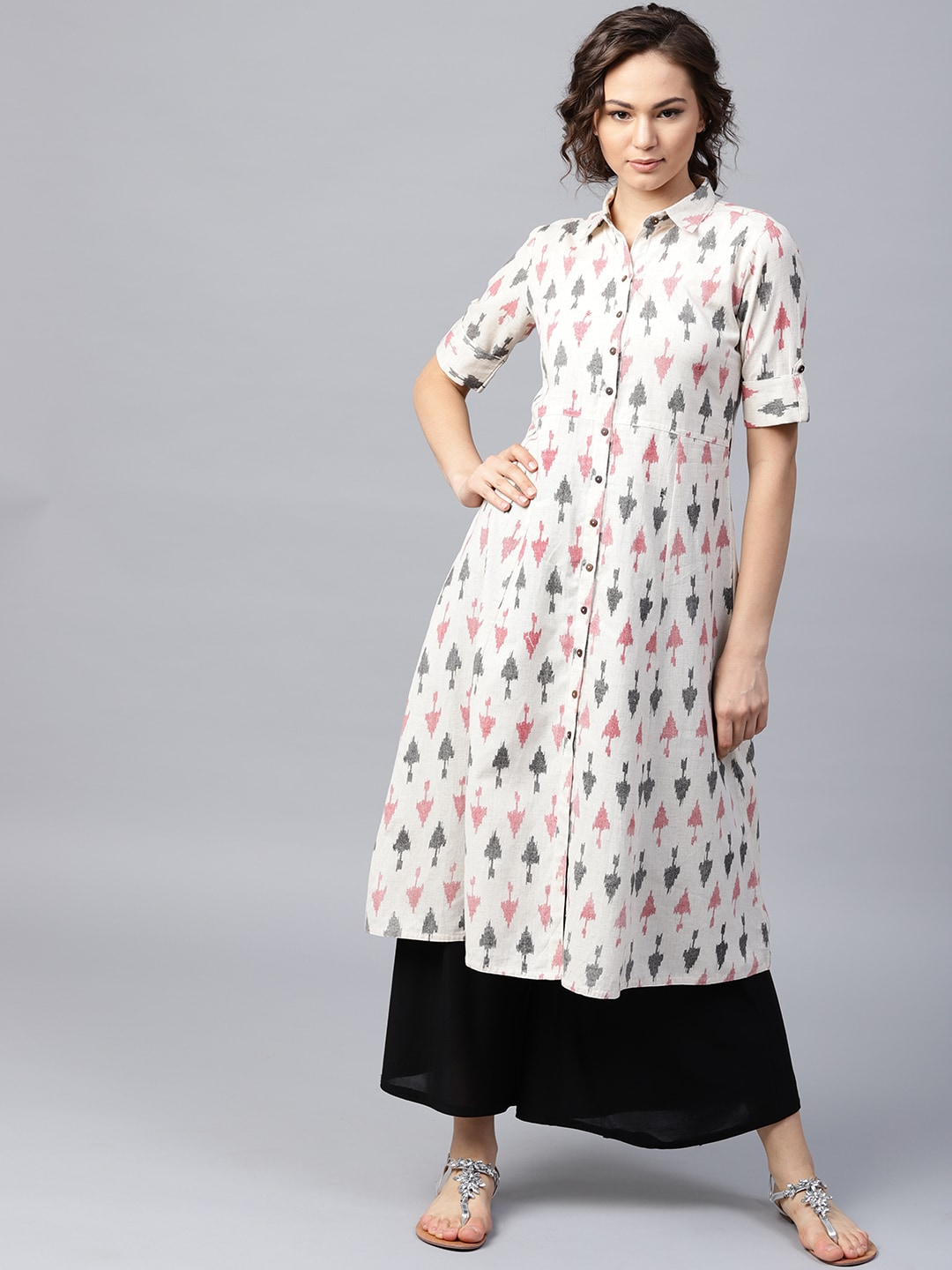 1415a6fa0806 Kurtis Online - Buy Designer Kurtis   Suits for Women - Myntra