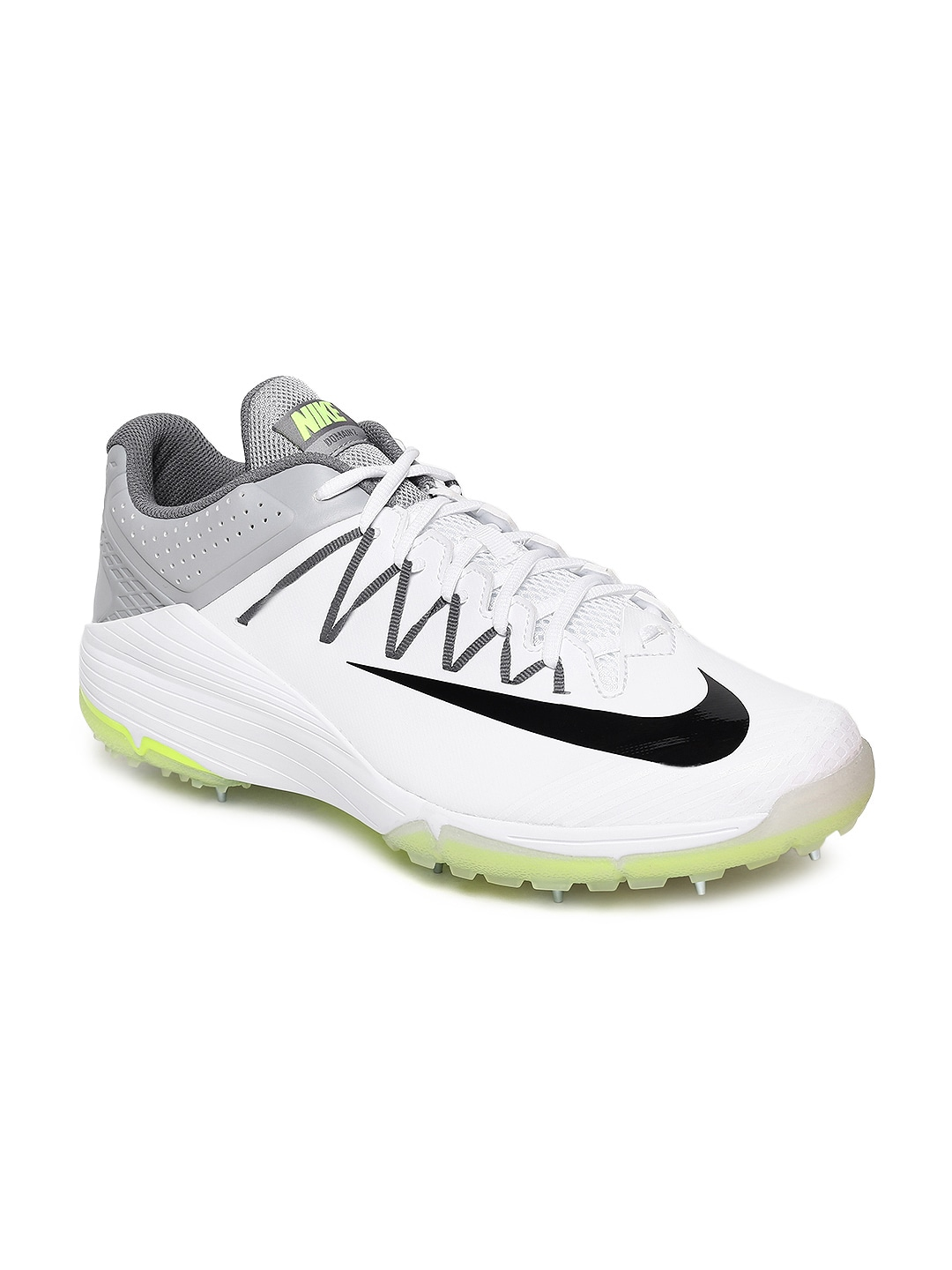 online store 7ee38 fd896 Cricket Shoes In - Buy Cricket Shoes In online in India