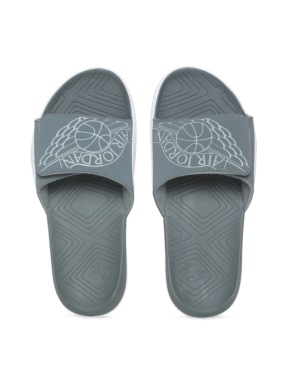 eb4c8782279 Nike Flip Flops Men Sandal - Buy Nike Flip Flops Men Sandal online in India
