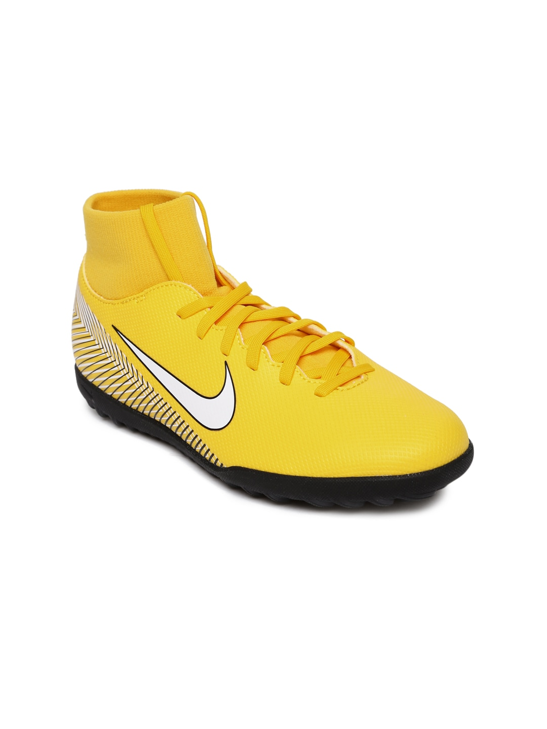 cae104927497 Football Shoes - Buy Football Studs Online for Men   Women in India