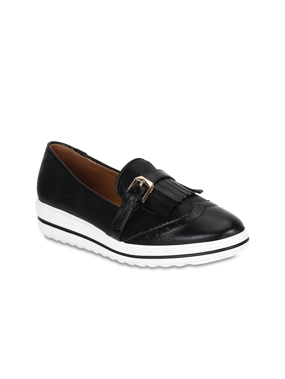 9e6ff326e3cd Footwear - Shop for Men