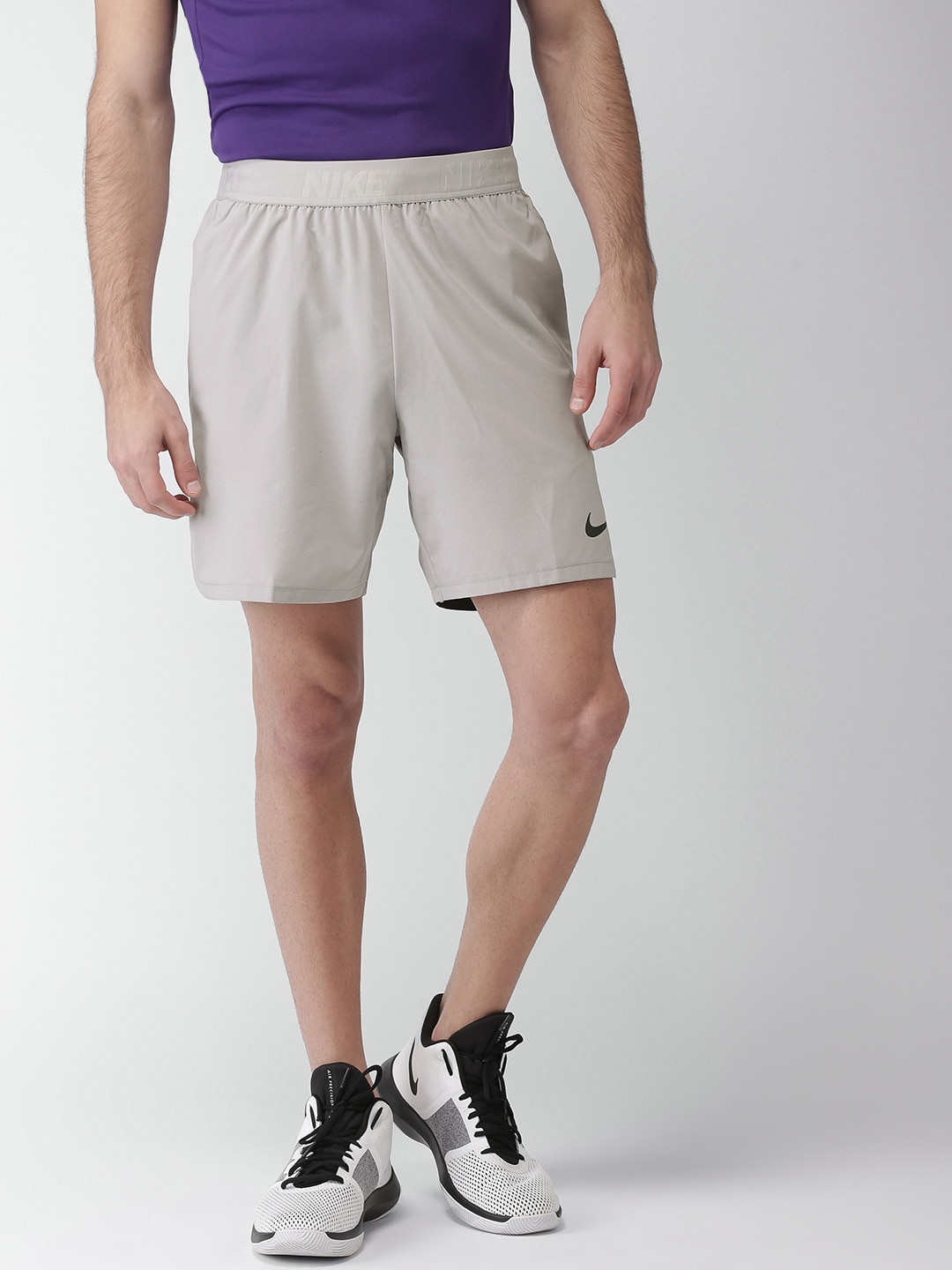 the latest 07cc8 417fe Mens Shorts Nike - Buy Mens Shorts Nike online in India