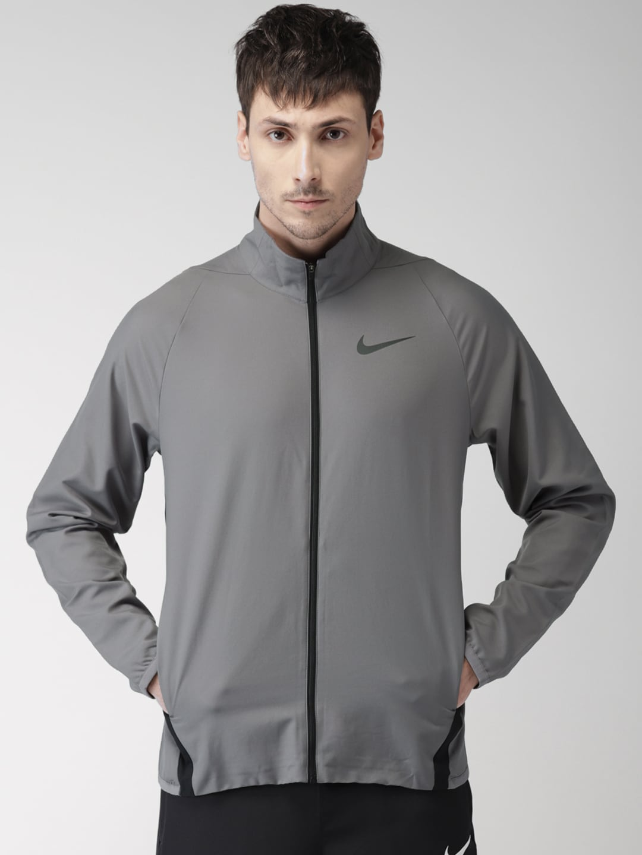 c6537eb59364ff Nike Men Grey - Buy Nike Men Grey online in India