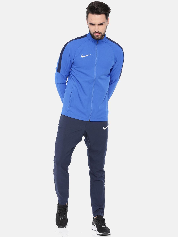62642e924fbb Nike Levis Tracksuits Jackets - Buy Nike Levis Tracksuits Jackets online in  India