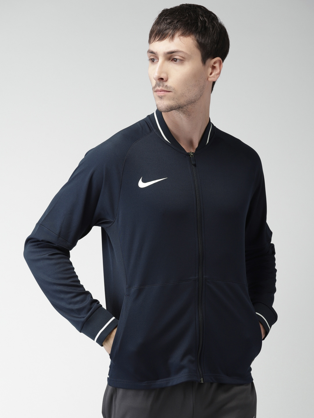 03656d85caa7 Nike Polyester Jackets - Buy Nike Polyester Jackets online in India
