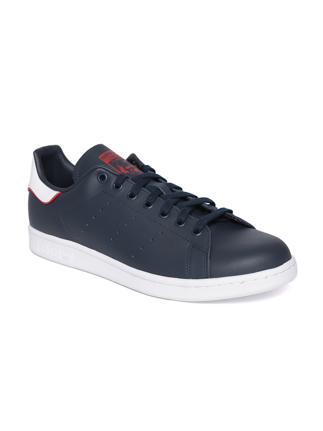 premium selection 2d460 a6bd2 Adidas Stan Smith Sneakers - Buy Stan Smith Shoes and Sneakers Online in  India - Myntra