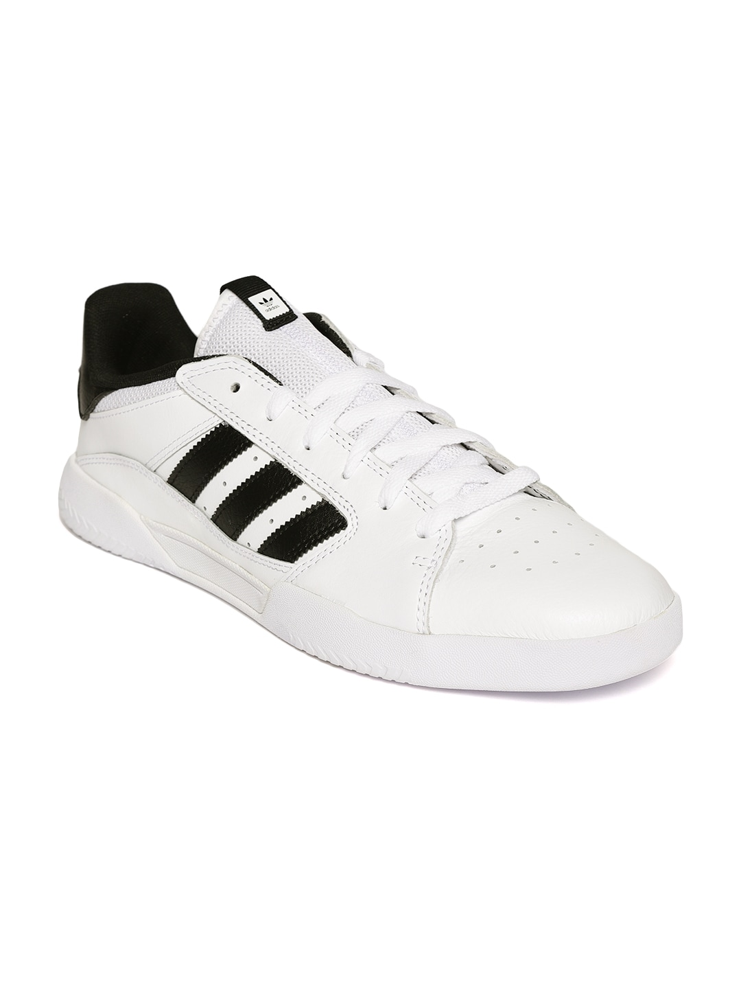 862867ed2180 Adidas Men White Casual - Buy Adidas Men White Casual online in India