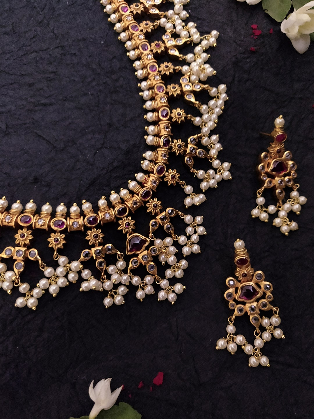 a30d0ed662 Women Plated Jewellery Set - Buy Women Plated Jewellery Set online in India