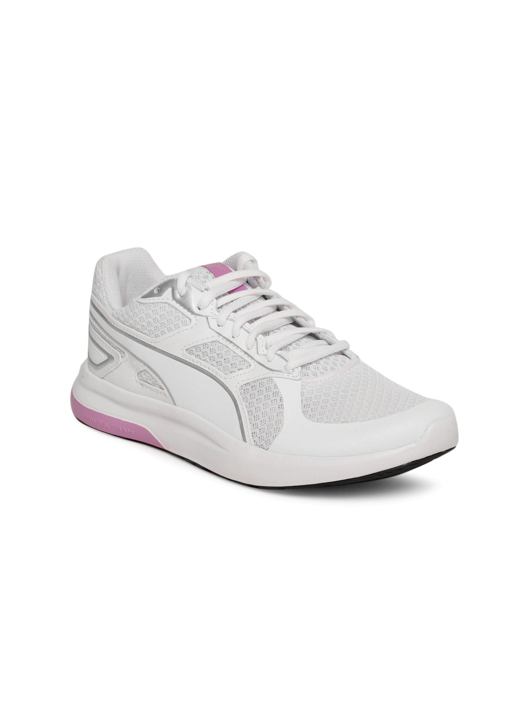 magasin en ligne b2d12 338c9 Puma Women White Escaper Tech Sneakers
