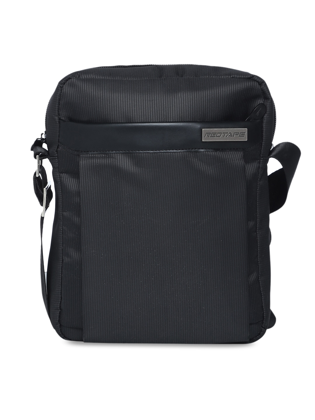 e25034b669f Mens Bags   Backpacks - Buy Bags   Backpacks for Men Online