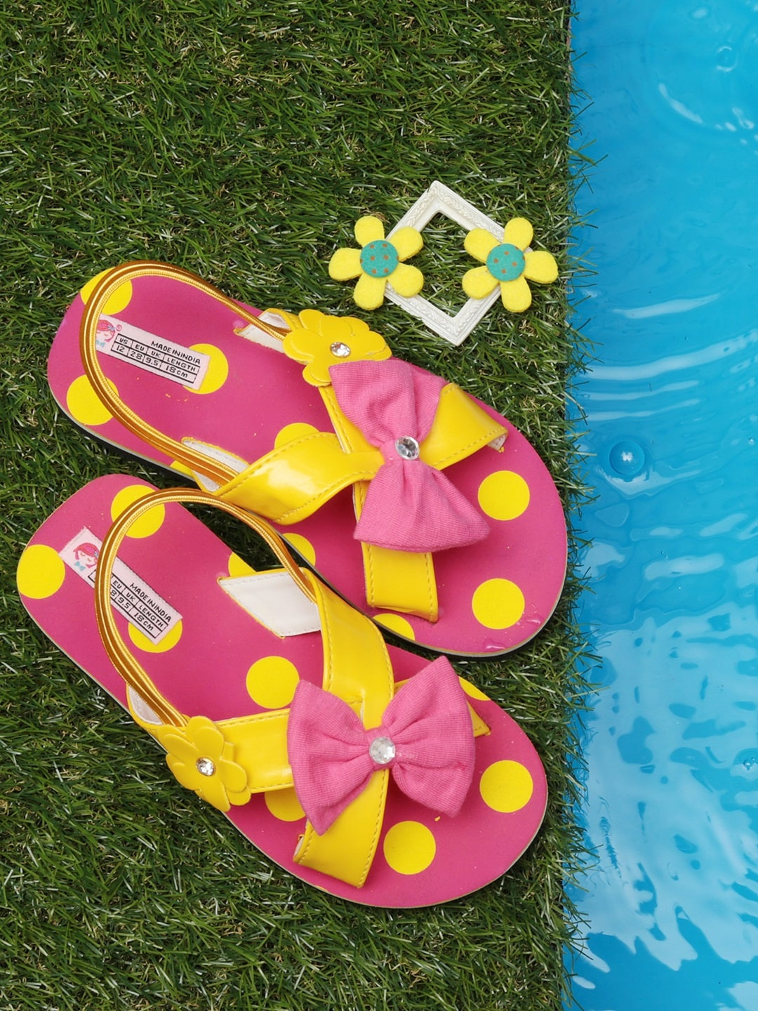 b659c0a8a Pink Sandals - Buy Pink Sandals Online in India