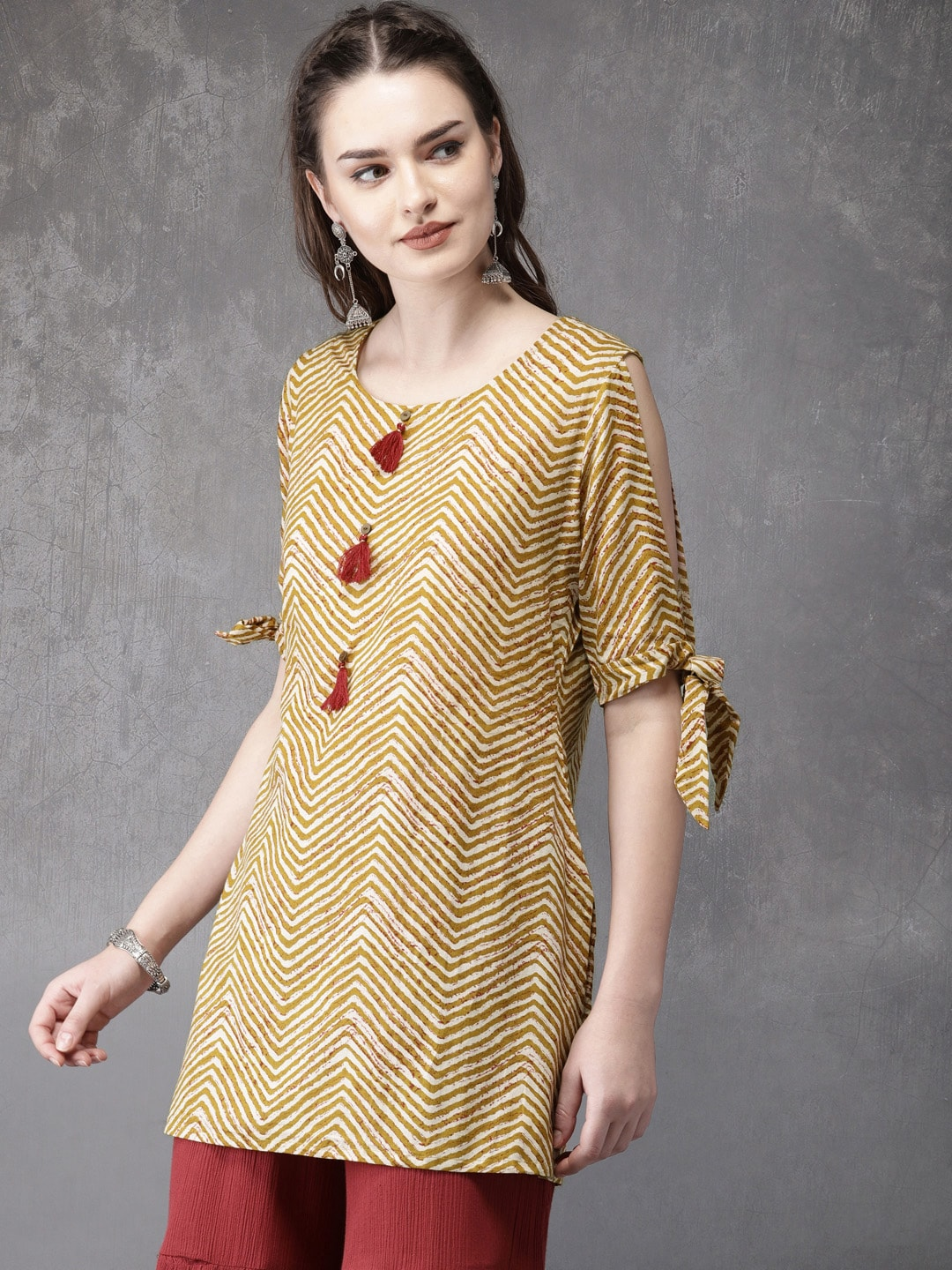 4241d66fa7 Short Kurtis - Buy Short Kurti For Women Online in India