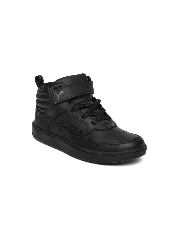 67ac9de8270 Sneakers Online - Buy Sneakers for Men   Women - Myntra