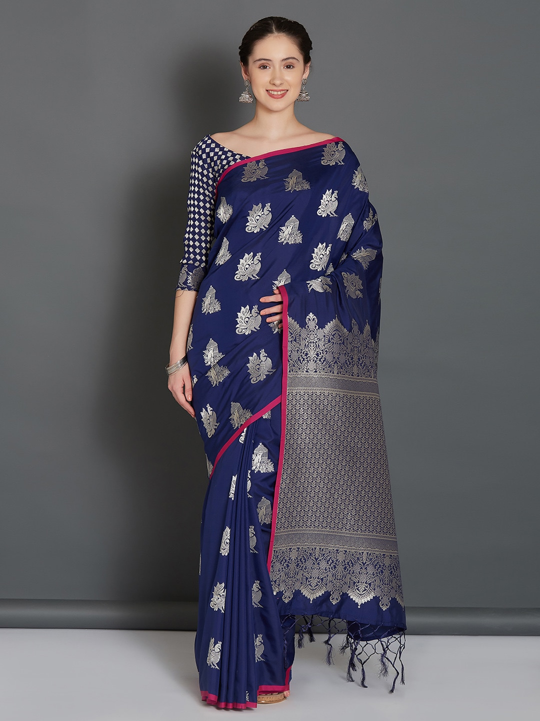 8888a0ca57444 Silk Sarees Kurtas Sets - Buy Silk Sarees Kurtas Sets online in India