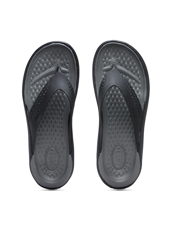 7be707ddceb027 Flip Flops for Men - Buy Slippers   Flip Flops for Men Online