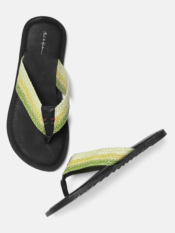 5bcfb9259370 Flip Flops for Men - Buy Slippers   Flip Flops for Men Online