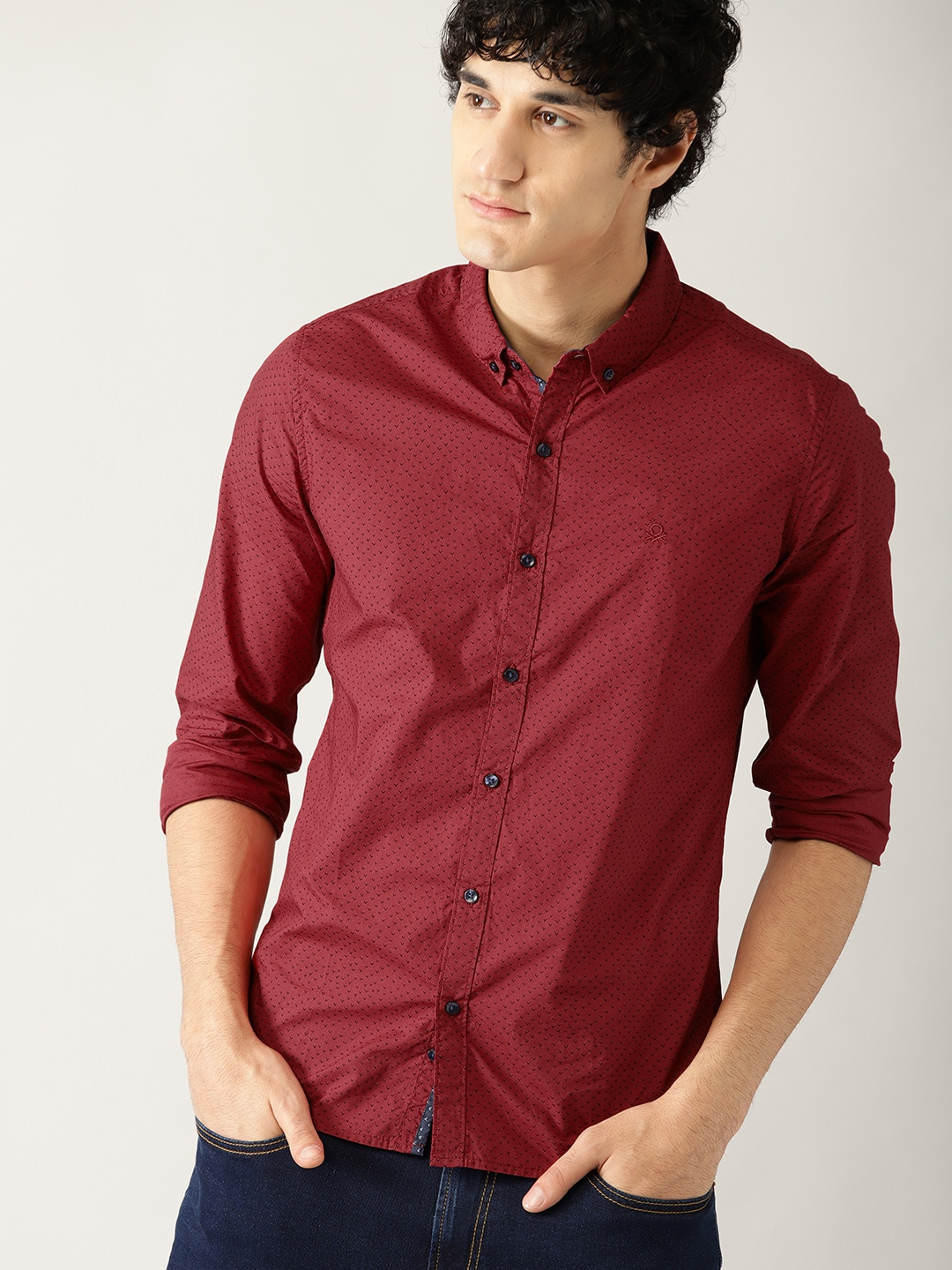 32f2c175800f What Color Shirt Goes With Red Jeans - DREAMWORKS