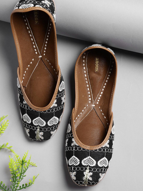 f57e2d5ab21a   Sandals Flats - Buy   Sandals Flats online in India