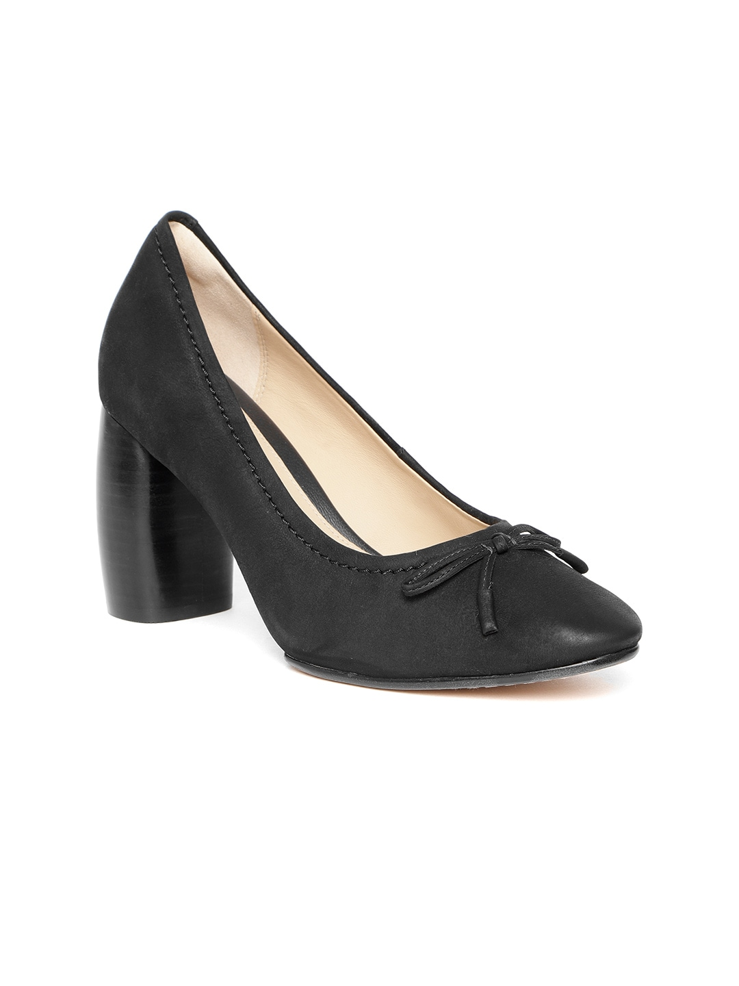 03f699987521 Women s Clarks Shoes - Buy Clarks Shoes for Women Online in India