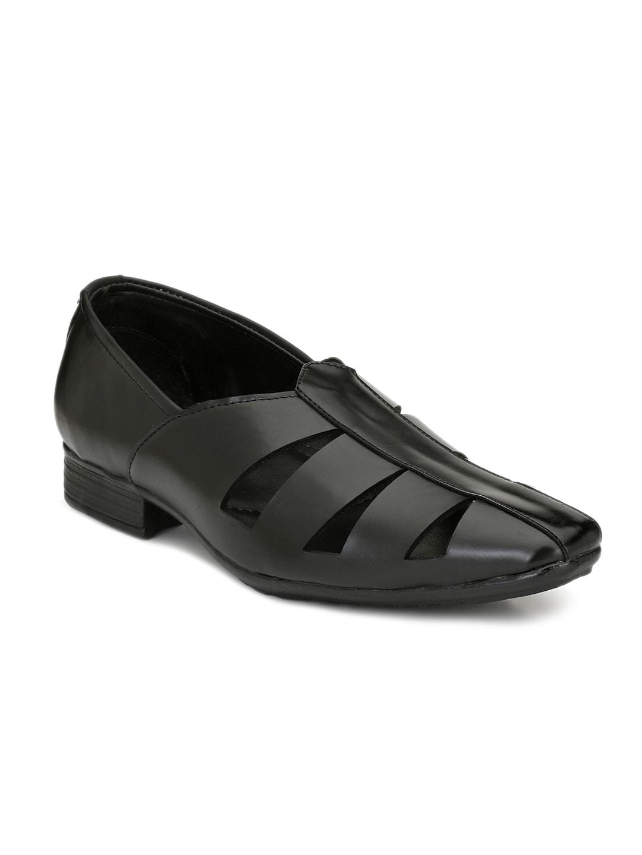f31acb0a4 Men Black Sandal - Buy Men Black Sandal online in India