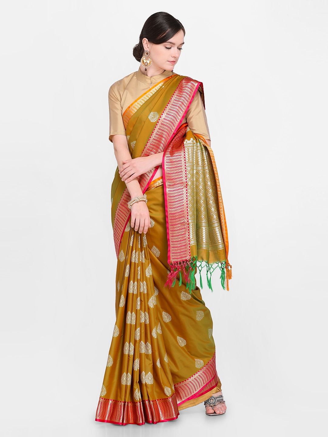 597e59535ec46f Women Sarees Heels - Buy Women Sarees Heels online in India