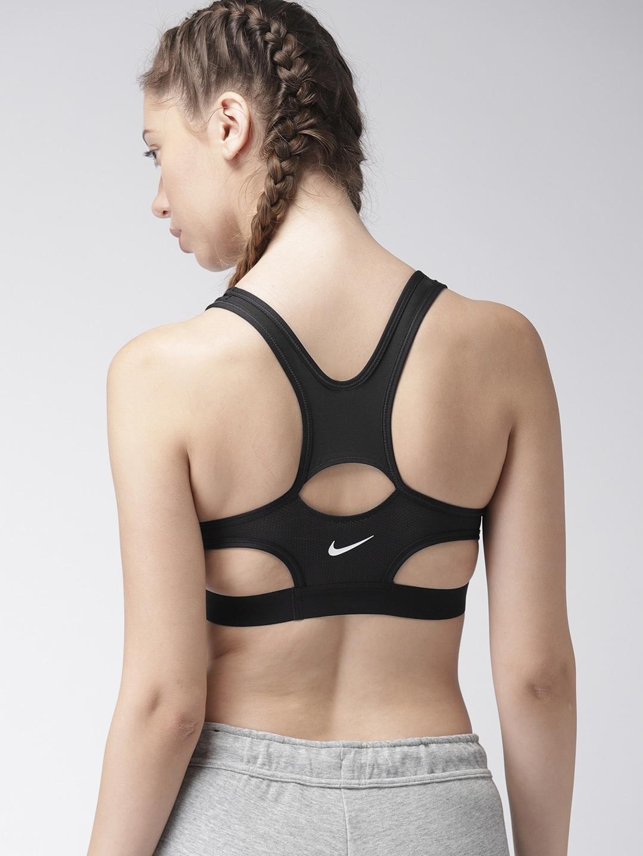 0dcc39bed9 Nike Clothings for Men   Women - Buy Nike Apparels Online - Myntra