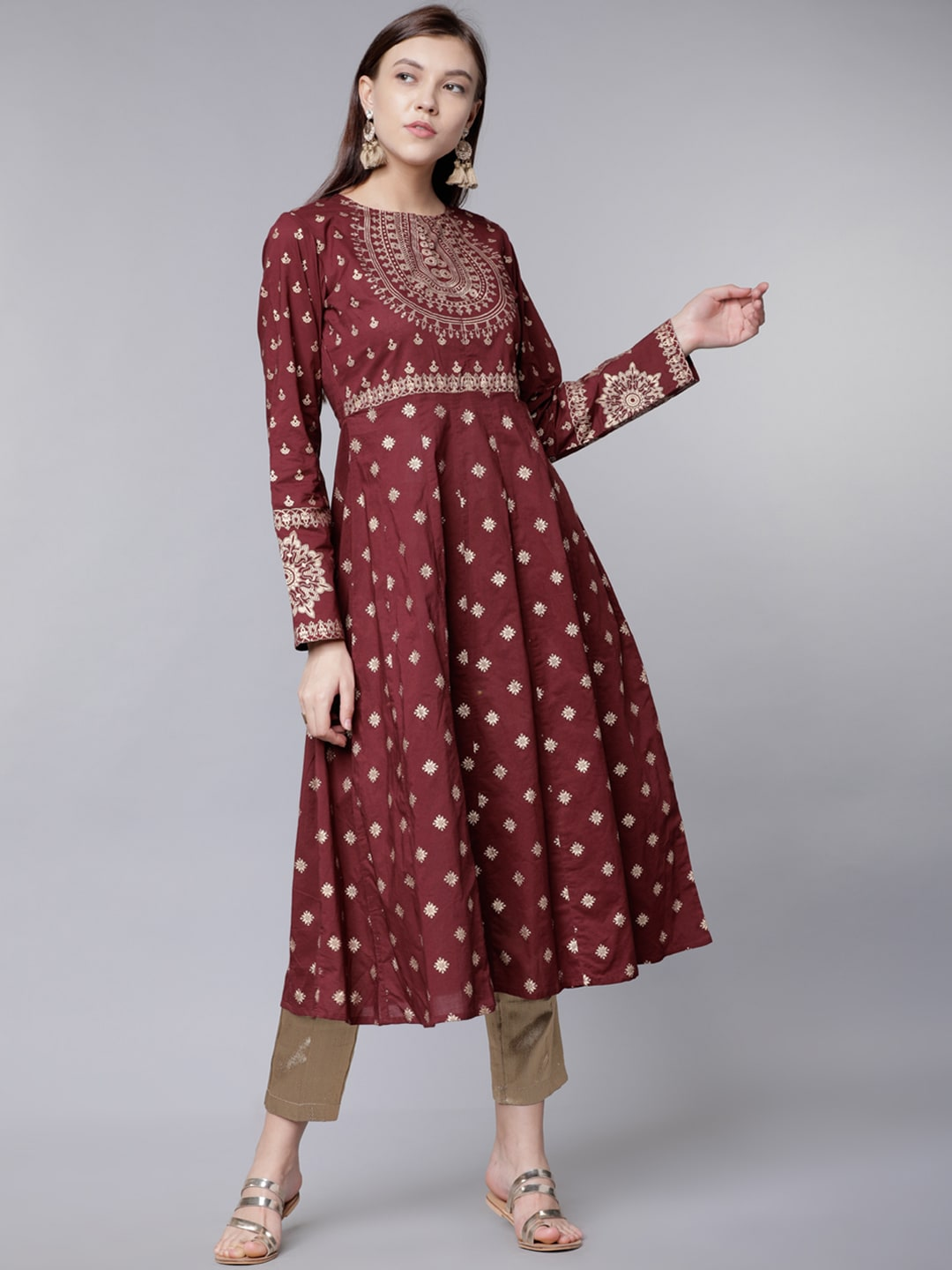 8970cebbe43 Women Vishudh Kurtas - Buy Women Vishudh Kurtas online in India
