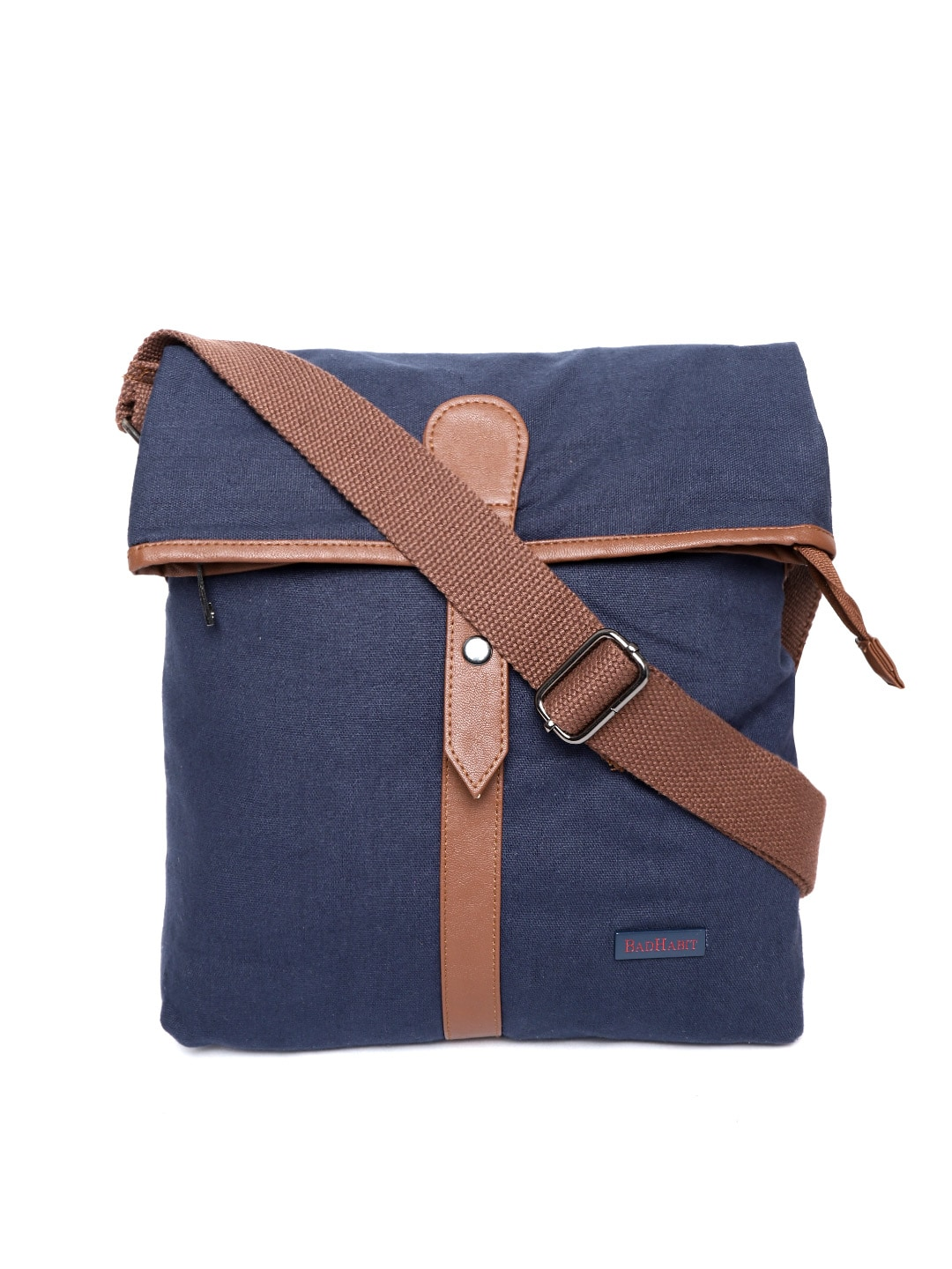 f27e5ddc03bd Canvas Messenger Bags - Buy Canvas Messenger Bags online in India