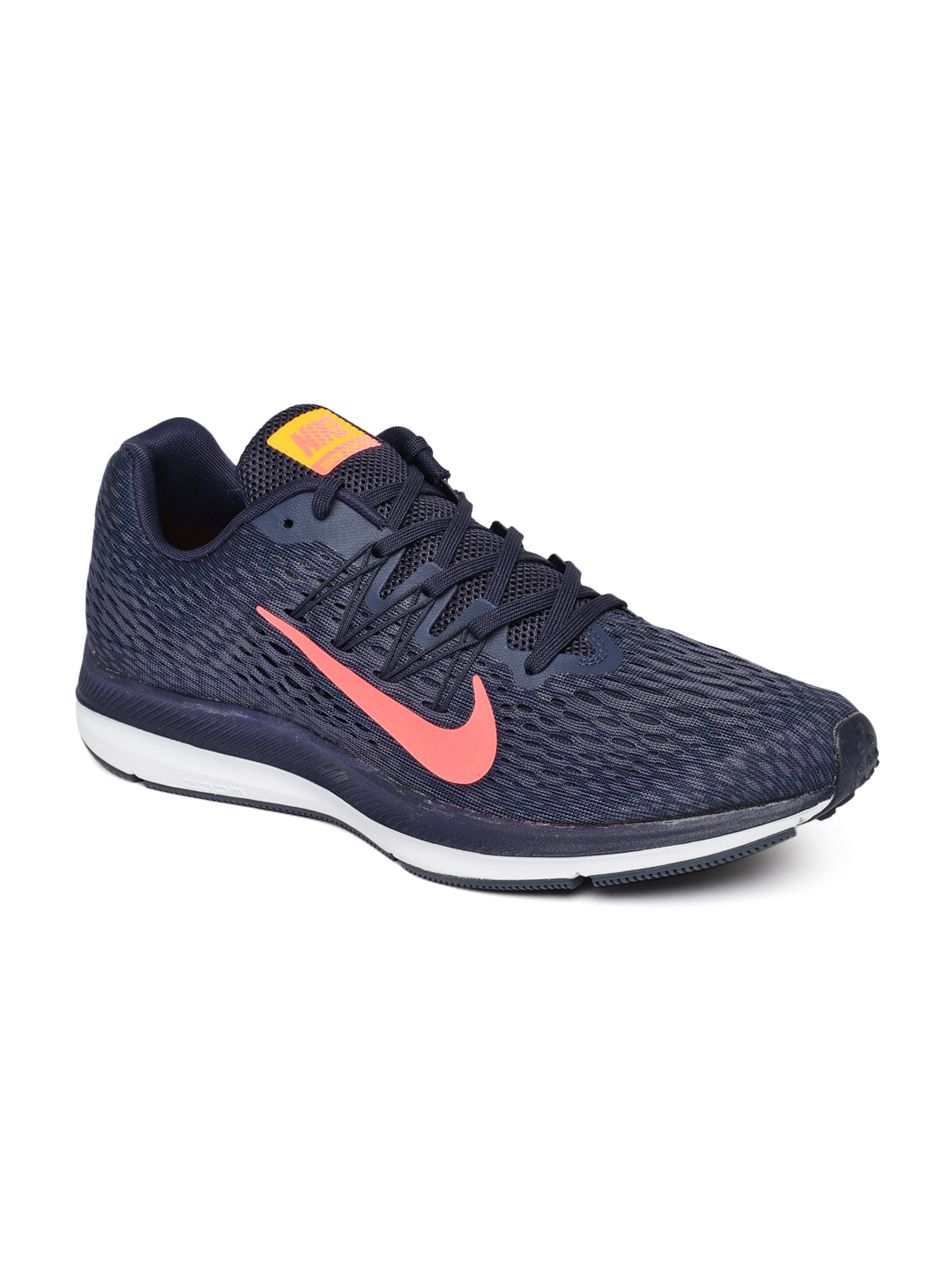 235846ca11c Nike Men Blue Running Shoes