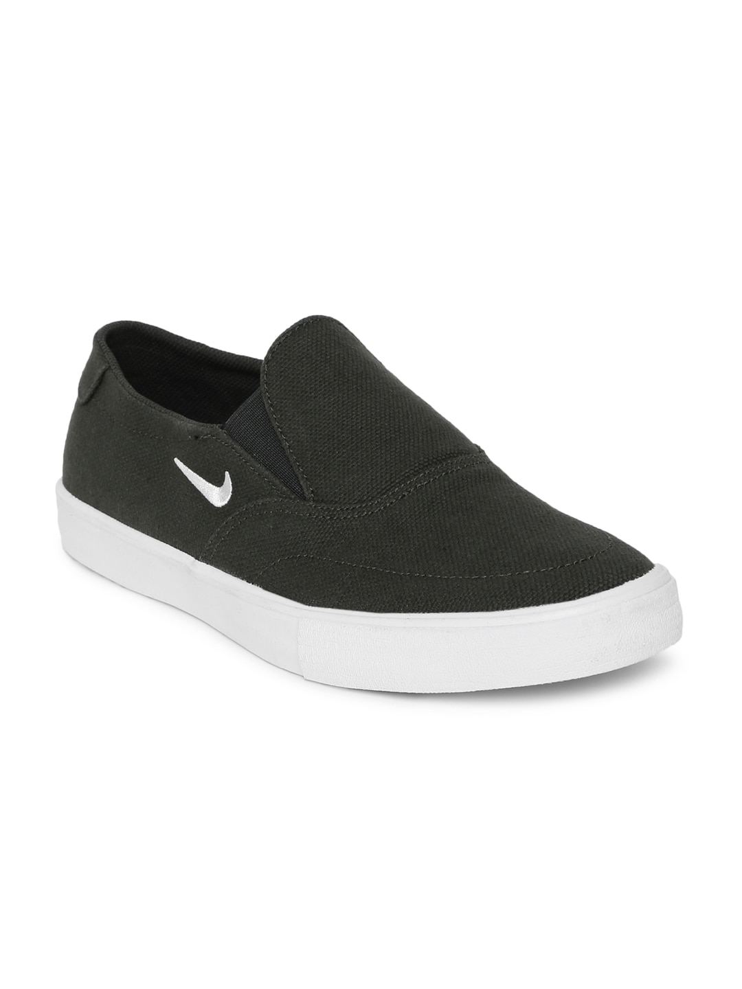 info for 70938 74fc6 Nike Slip On Shoes - Buy Nike Slip On Shoes online in India