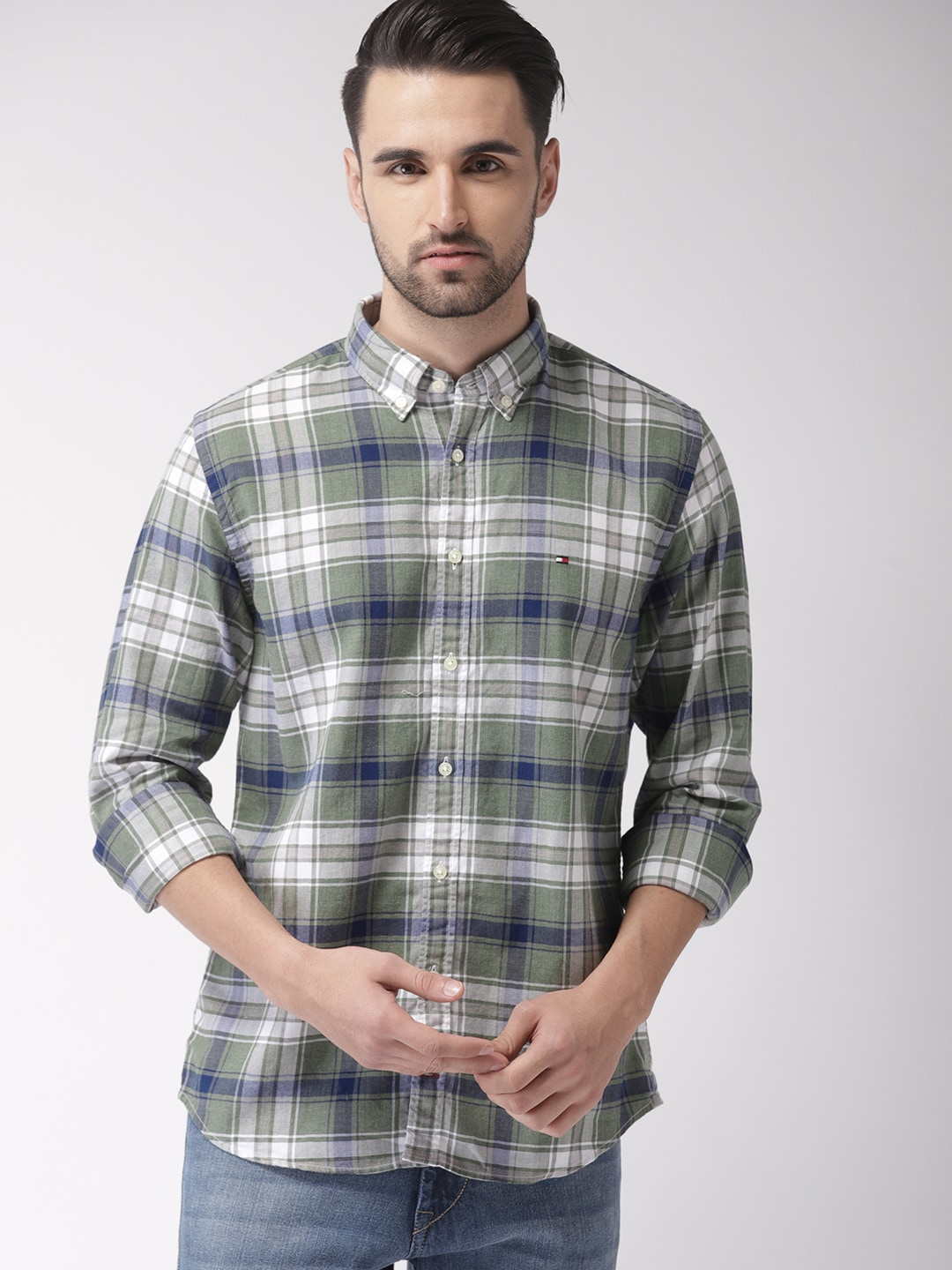 Tommy Hilfiger Men Green Regular Fit Checked Casual Shirt