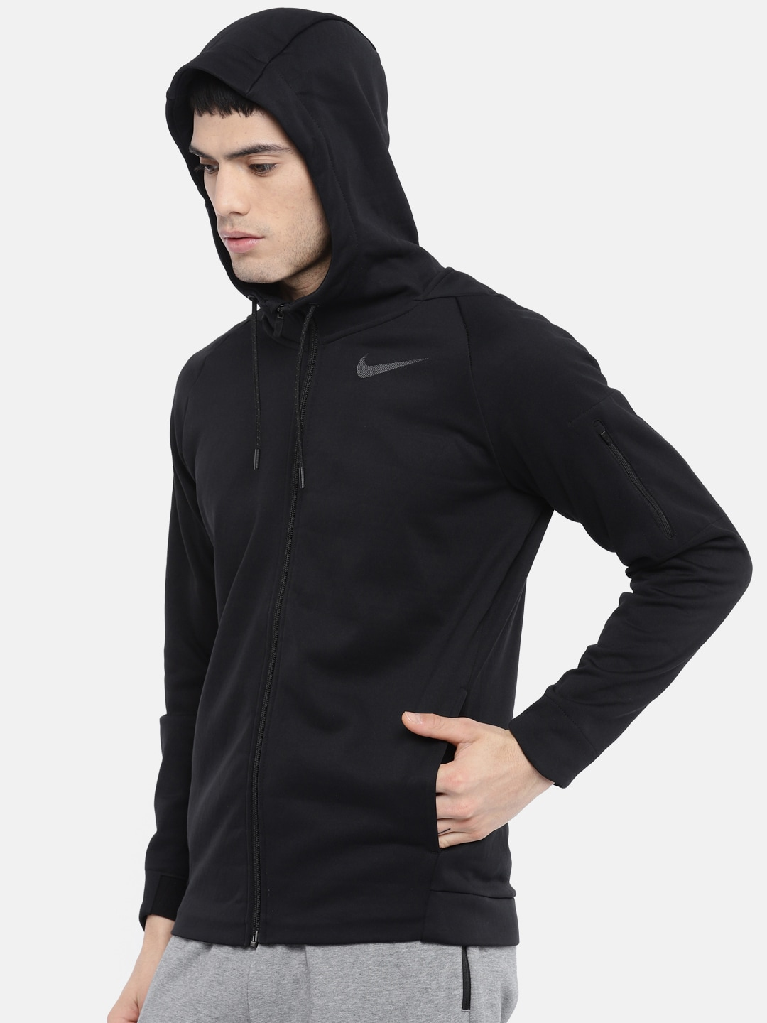 0d49711e7f6c Nike Jackets - Buy Nike Jacket for Men   Women Online