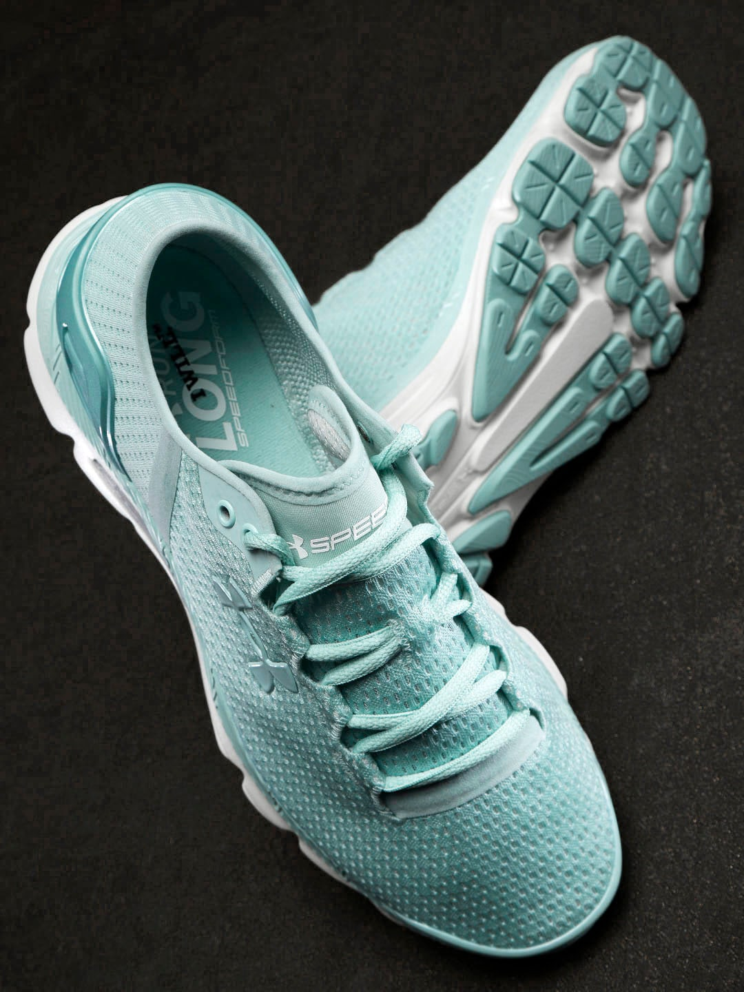 a81b1da6c23c New Sports Shoes - Buy New Sports Shoes online in India