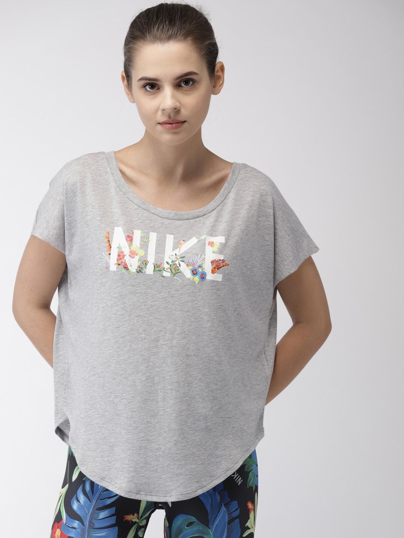 ad55dd27 Women Apparel Sweatshirts Sports Bra - Buy Women Apparel Sweatshirts Sports  Bra online in India