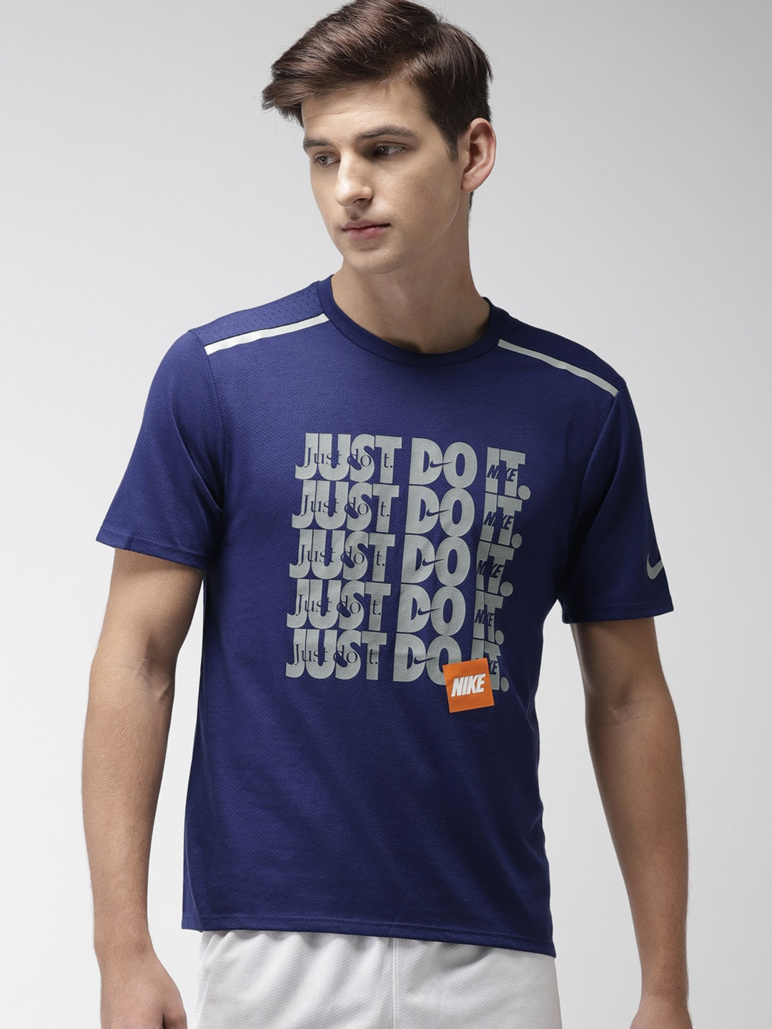 df8b1d502fb9 Nike - Shop for Nike Apparels Online in India