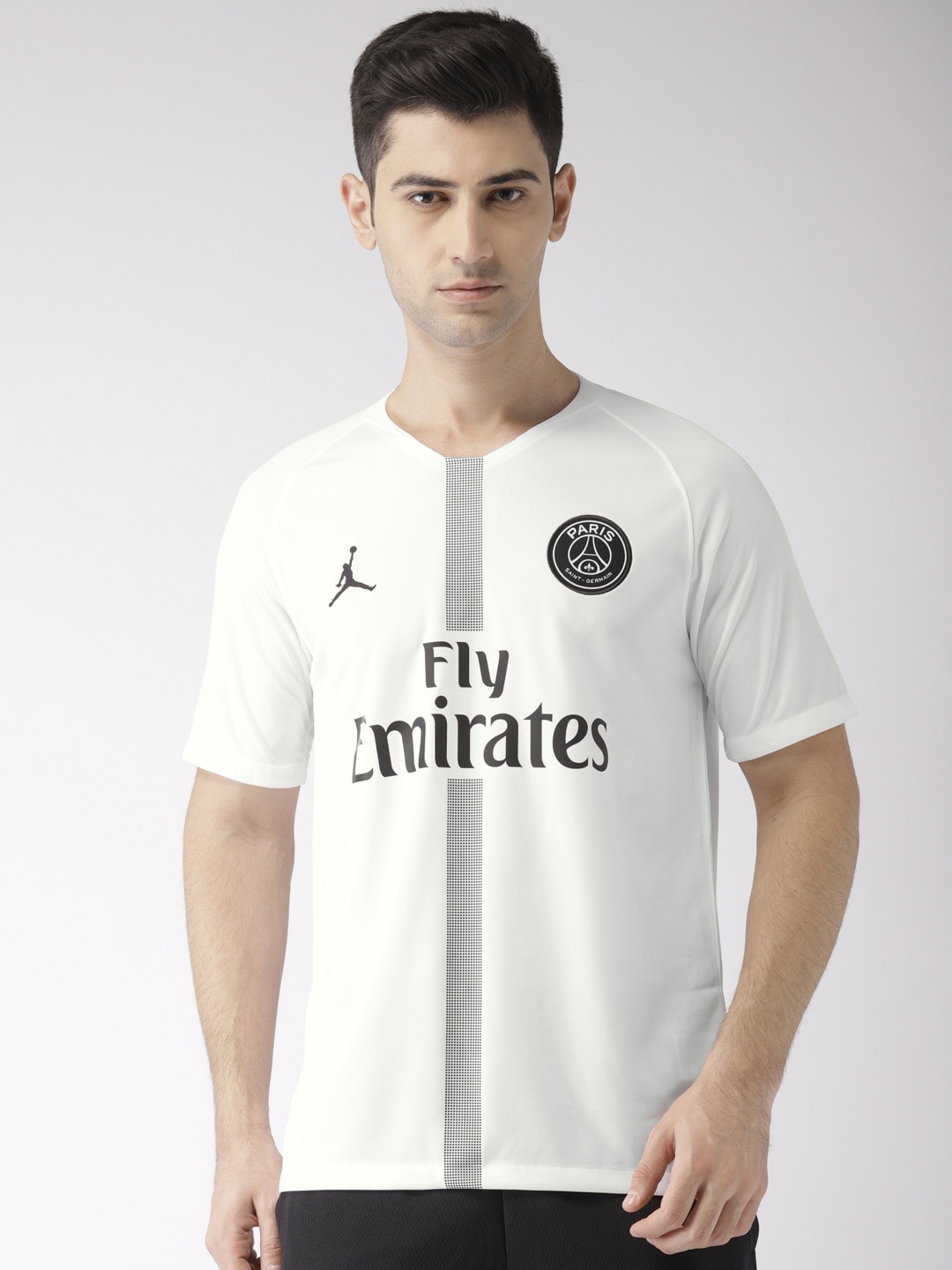 c1e3f6c12565 Men s Nike Clothing - Buy Nike Clothing for Men Online in India