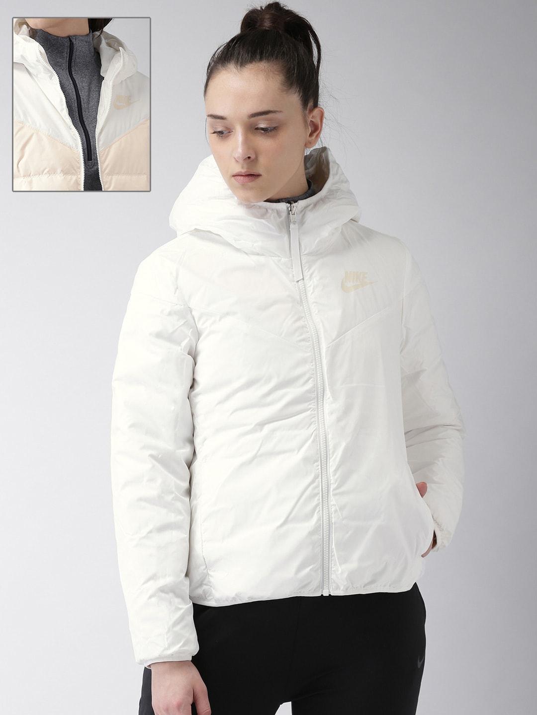 1304db4ddcef Nike Women Jackets - Buy Nike Women Jackets online in India