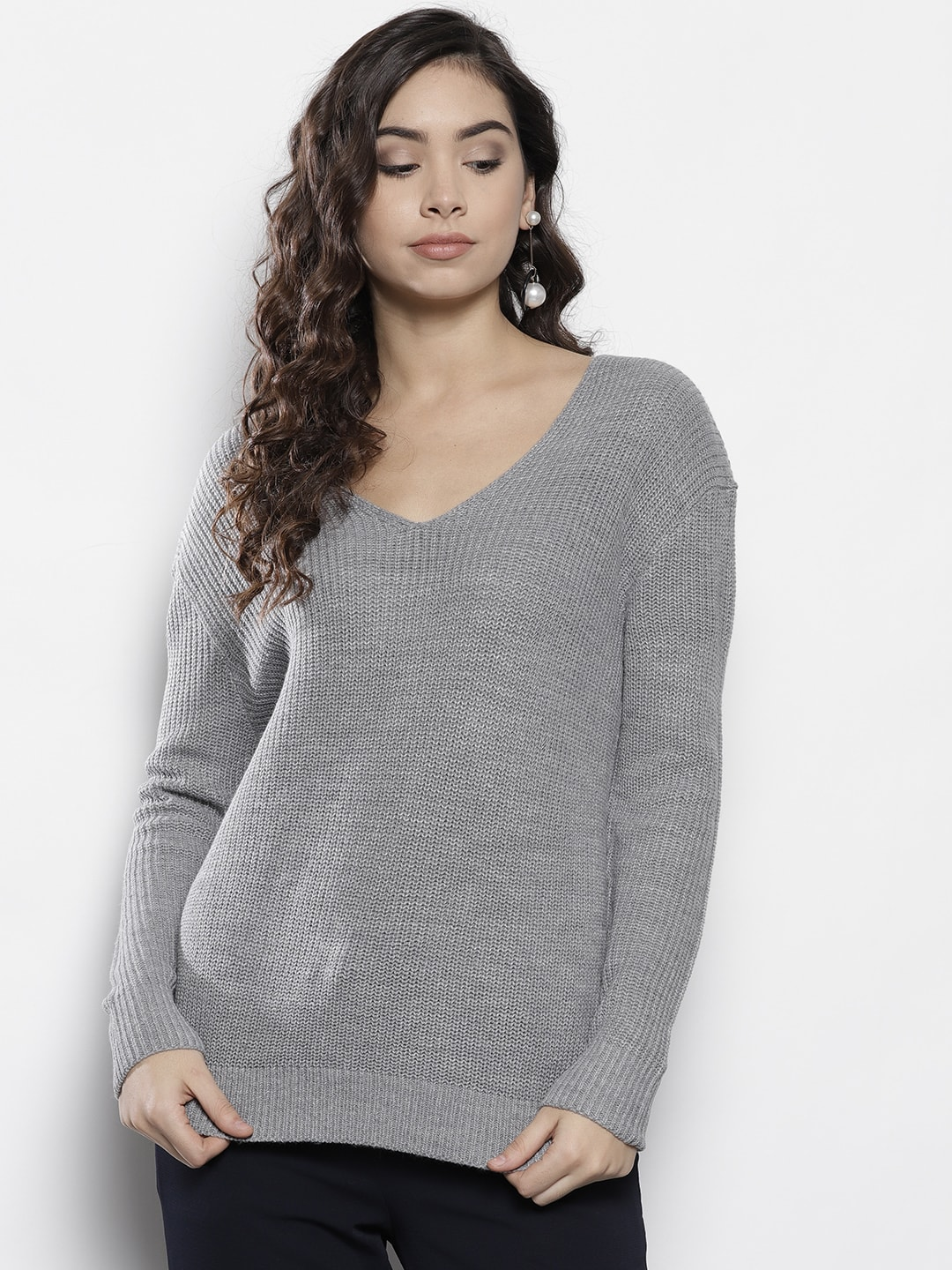 V Neck Sweaters  d1d1ff56f