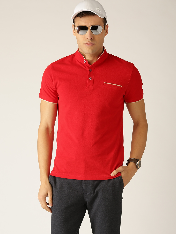 cc15203ce4b UCB T-shirt - Buy United Colors of Benetton T-shirts for Men   Women