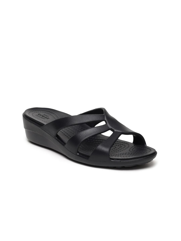 e8e14fc23f6 Women Crocs Footwear - Buy Women Crocs Footwear online in India