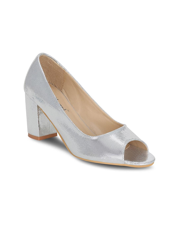 e3fad815d6a Women Footwear - Buy Footwear for Women   Girls Online