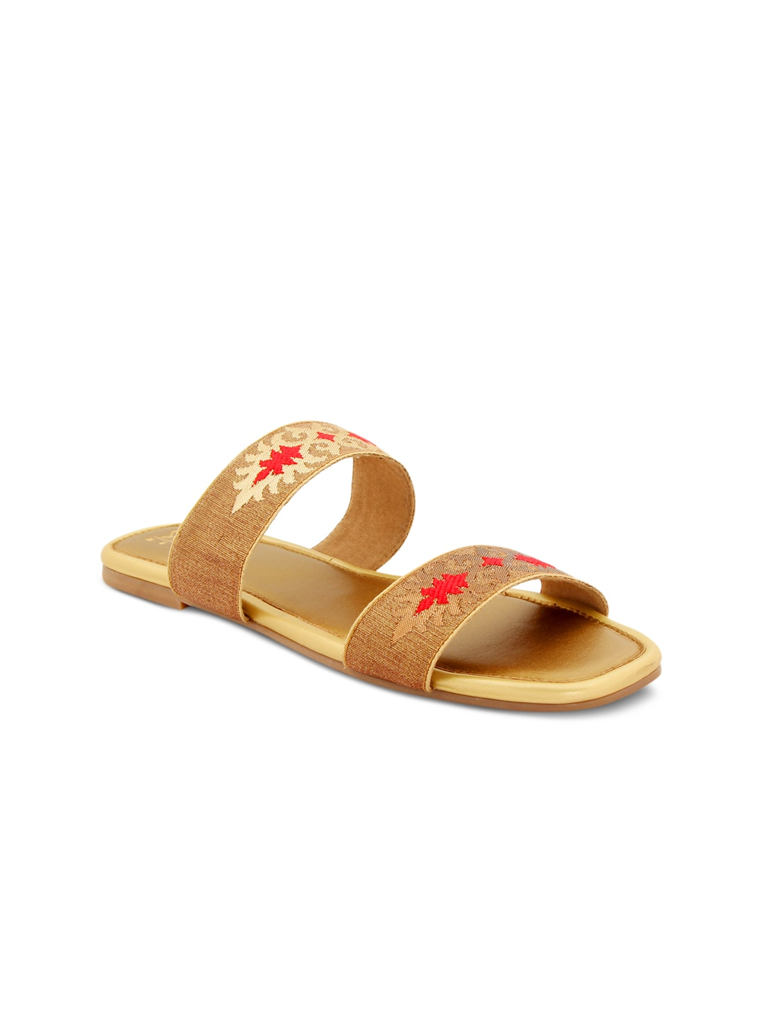 885706f383c Flat - Buy Flat online in India