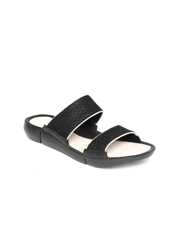 7de775f827b4 CLARKS - Exclusive Clarks Shoes Online Store in India - Myntra