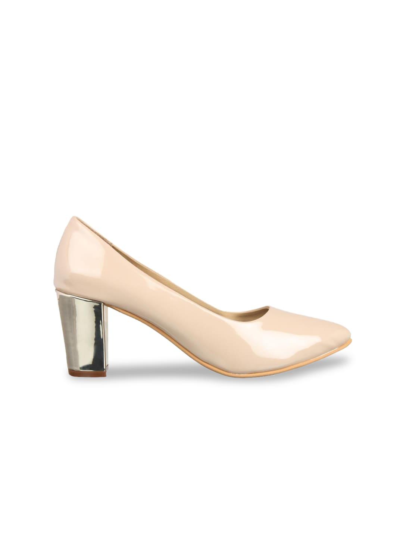 Flat n Heels Women Beige Solid Pumps