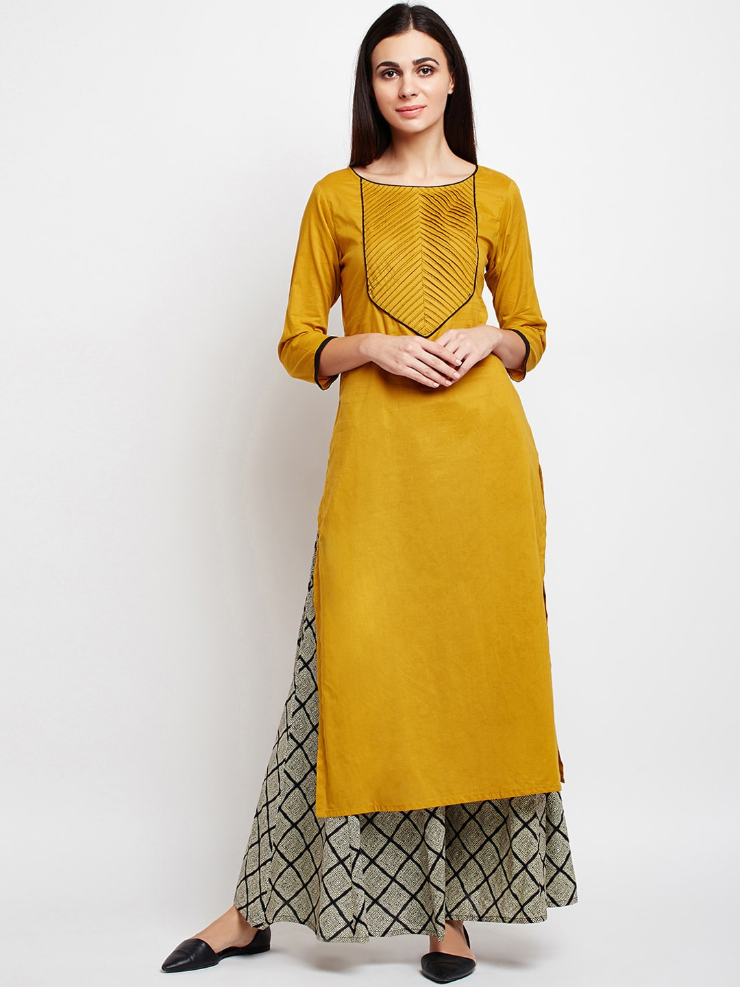 3d33604beef5 Women's Ethnic Clothing | Buy Ethnic Clothing for Women Online in India