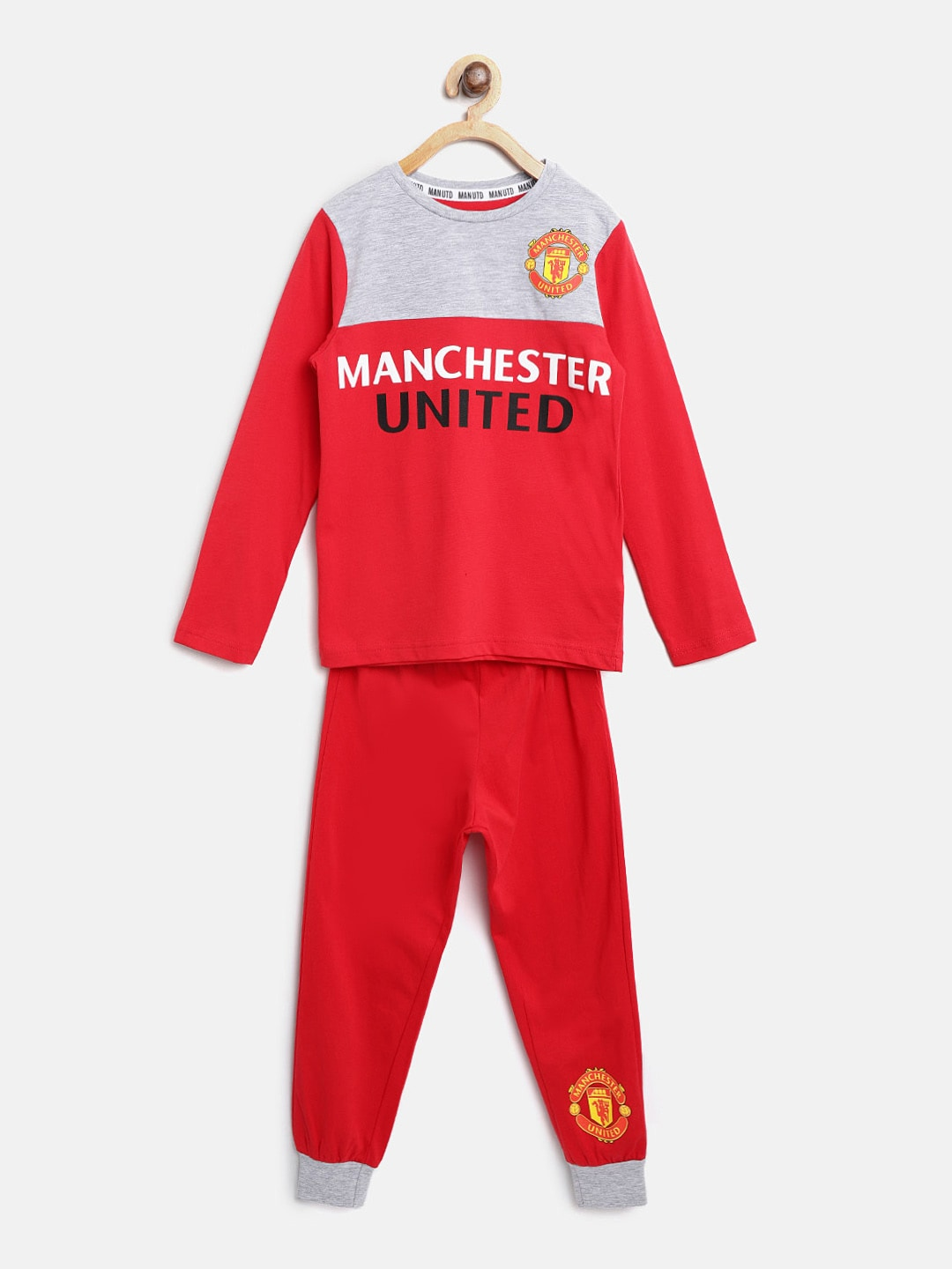 324c2f1aa Manchester United Clothing - Buy Manchester United Clothing Online in India