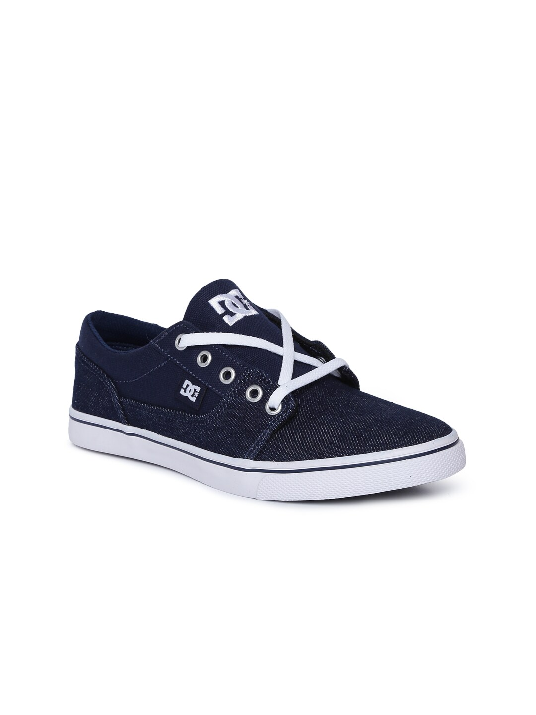 59396c18bf5 DC Shoes - Buy DC Shoes for Men   Women Online in India
