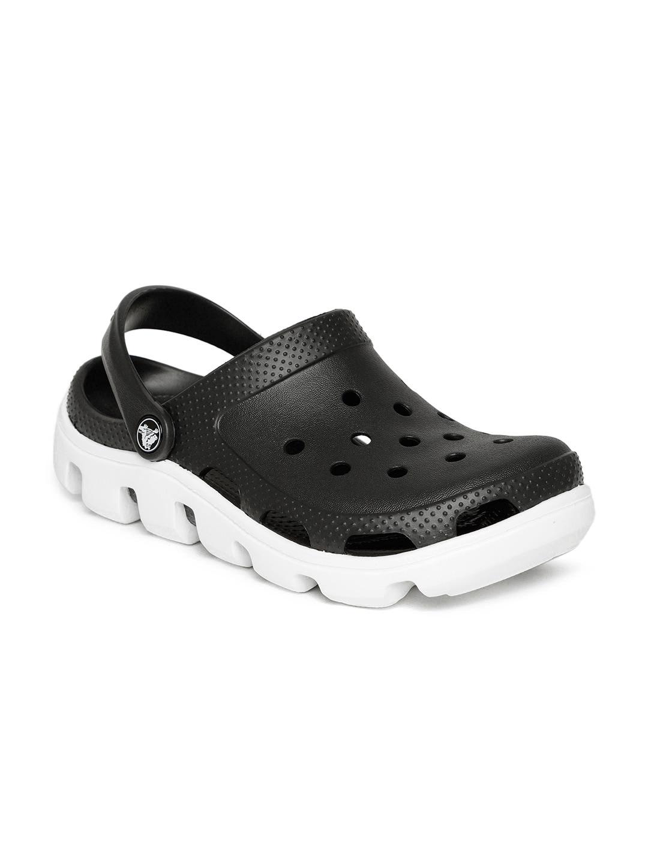 0768c890e9518 Crocs Shoes Online - Buy Crocs Flip Flops   Sandals Online in India - Myntra